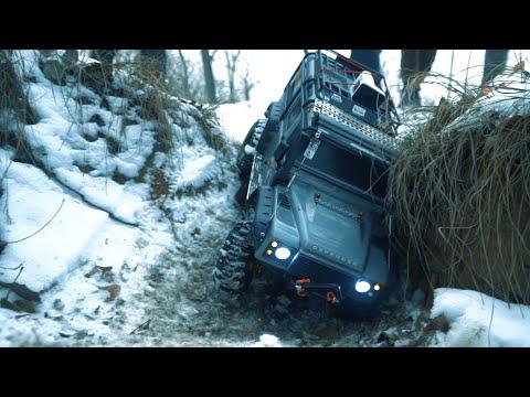 Тюнингованный Traxxas Trx 4 Land Rover Defender.  Прохождение трассы.  Мини обзор внедорожника 4x4