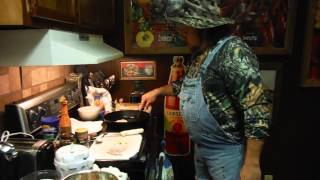 P'Maws Cajun kitchen -- P'Maws Bait Shack -- P'Maw cooking spicy catfish burgers! Good Eatin'