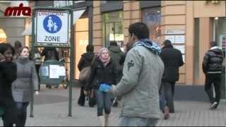 Muslime für Frieden - Flyer- und Plakataktion in Heidelberg