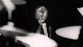 Watch Dusty Springfield Meditation video