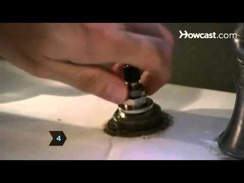 Πώς να επισκευάσετε μια βρύση που τρέχει - How to Fix a Leaky Faucet