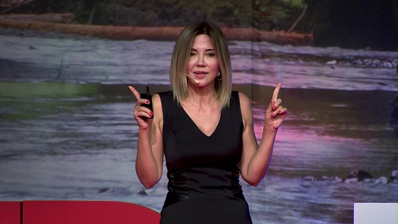 Yiyecek Savaşları | Ayşegül Çoruhlu (Tedx Türkiye)