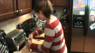 Apple And Cream Cheese Danish.wmv
