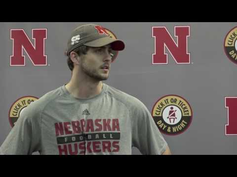 HOL HD: Tanner Lee following Thursday's practice
