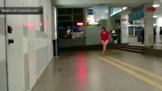 Секс бомба устроила эротическое шоу в ростовском аэропорту