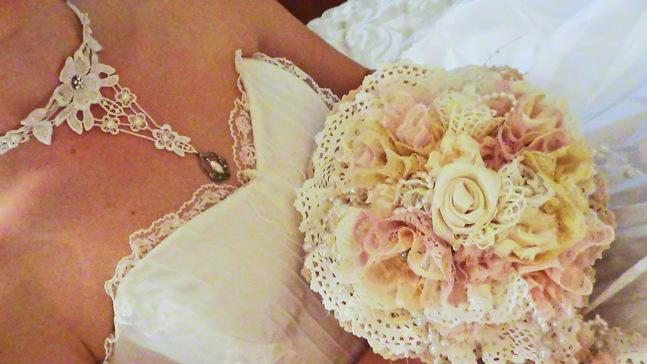 how to make flowers out of lace