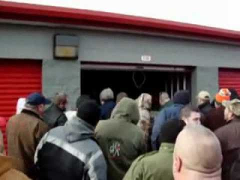 Storage Auction Bidding Wars Making Money With Unit Auctions You