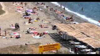Пляж у мыса Меганом в сентябре 2011. Судак(12 сентября 2011 на пляже у мыса Меганом. Солнечная Долина - Судак. Так выглядит Бархатный сезон в Крыму.