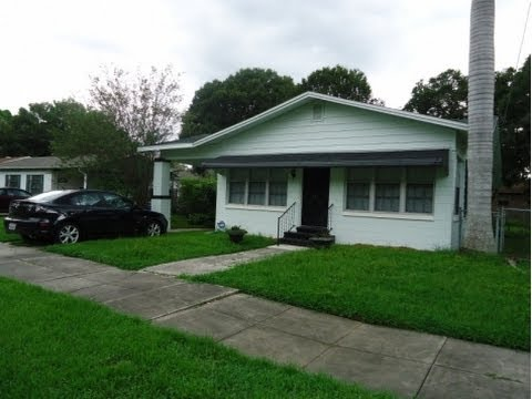 Central Tampa: 1100 sq. ft. 3/1+Den Home at 811 Fribley St