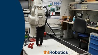 Adaptive Robotic Gripper. Grasping raspberries