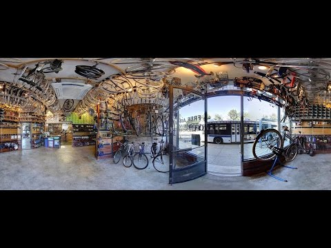 Waterfront Bicycle Shop New York City for rentals, repairs and parts: view it in 360