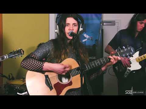 SAE Live Lounge - Katie Mac - NEW YEAR'S DAY