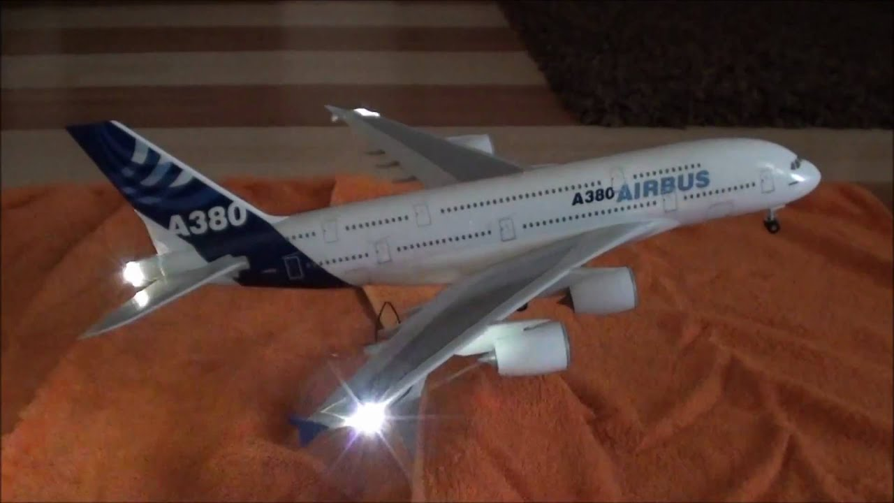 Modell A380 With Anti   Airbus Collision Lights   Original A380 Engine  Sound   YouTube