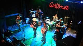 Texmaniacs Accordion Jam ft Nachito Morales y Michael Ramos @ Antones -