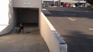 How to break your leg - Skateboarding