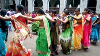 Adivasi karma dance from Mumbai metro 25 September 2017