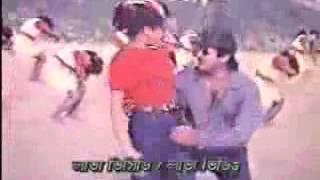 Rubel and Purnima Bangla hot film song   ganger pani onge kore khela
