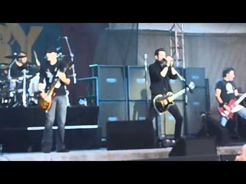 Theory of a Deadman - So Happy Live mp3
