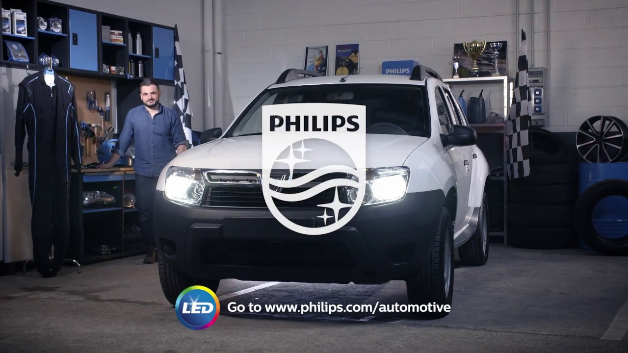 How To Replace Dacia Duster Headlight Bulbs Youtube