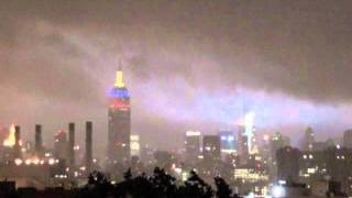 AUG 28 2011 NYC 11:21 PM - HURRICANE IRENE DESCENDS ON NYC -