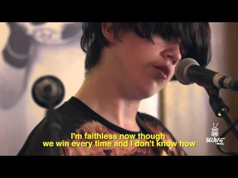 Declan Mckenna - Brazil (Live Session at Le Ballon Bar in Paris)