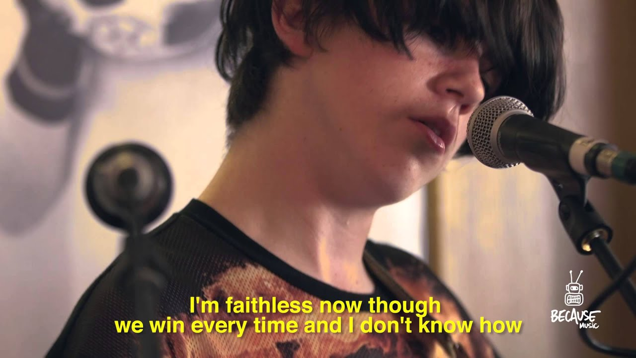 declan mckenna brazil live session at le ballon bar in paris youtube. Black Bedroom Furniture Sets. Home Design Ideas