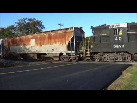 [HD] A few Trains in the Blue Ridge Mountains; Warbonnet, Private Cars and More; October 2015