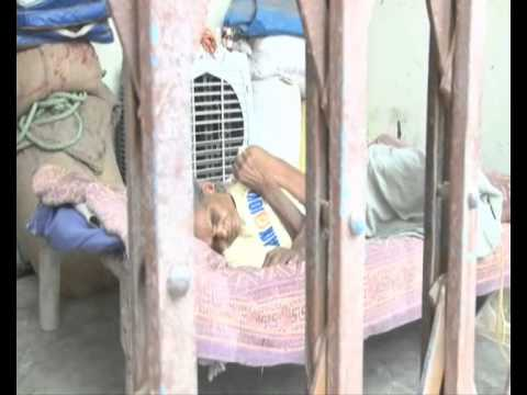 Allahabad Daughter In Law Captured In CCTV, Kaushambi  02