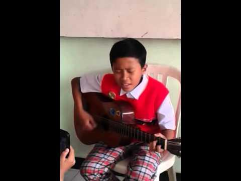 anak smp nyanyi di kelas
