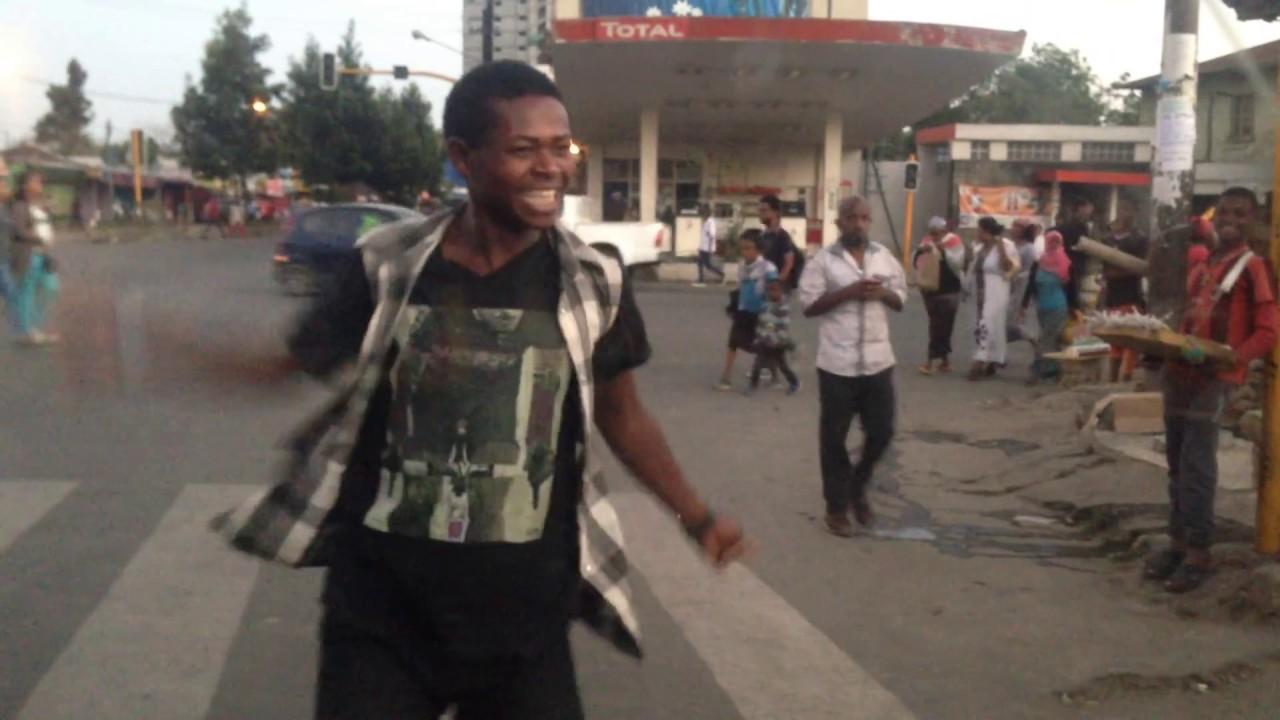 funny_street_dance_Addis_Ababa_Kazanchis_Sami_Go_Ethio_Shake