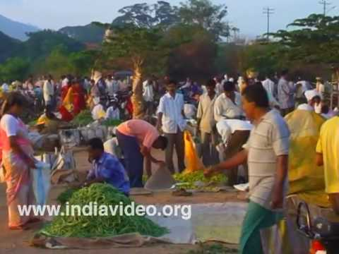 A common scene from the markets of Mysore