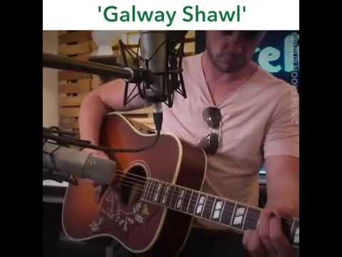 Galway shawl - Philip noone