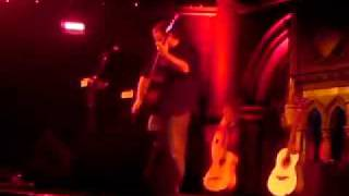 "Andy McKee ""Africa"" Live @ Union Chapel"