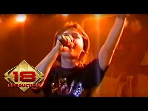 Caffeine - Seribu Malam  (Live Konser Purwakarta 15 Agustus 2006)