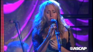 "Jessi Alexander and Jon Randall perform ""Don't Close Your Eyes"""
