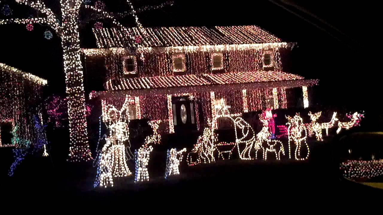 Crazy Christmas lights in Kernersville, NC - YouTube