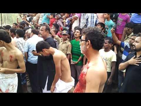 Azadari chapra Hussain jaisa shaheed aazam jha me koi hua ni h,, gale p khanjar rawa h lkn mgr zuba