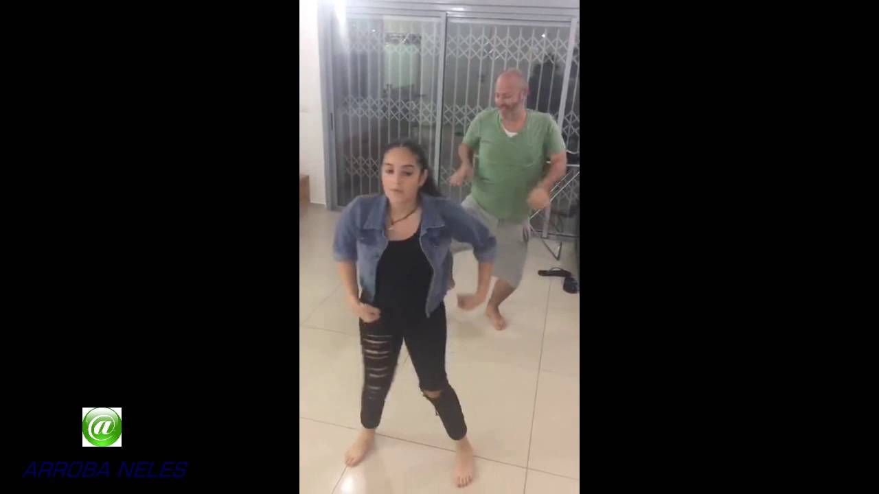 pai dança com filha (SÓ RODA NO PC).  Father invades the daughter dance video.