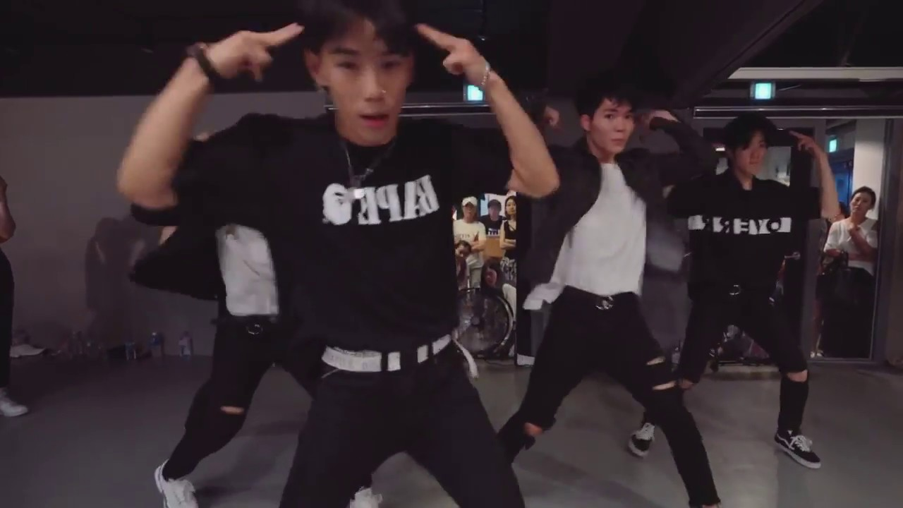 Download Hooked - Why Don't We / Koosung Jung Choreography (Mirrored)