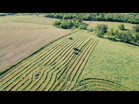First Crop Hay - John Deere 7600 & 735 MoCo