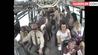 Otobüste Bebekli Kadına Cinsel Organını Gösteren Sapık Güvenlik Kamerasına Yakalandı