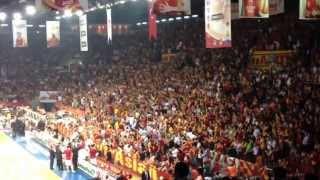 UltrAslan - İnandık Biz Sizlere  Abdi İpekçi (Galatasaray-Banvit) Video
