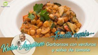 Receta de garbanzos cocidos en la olla rápida con calabacín, berenjena, pimiento rojo y salsa de tomate. Plato de legumbres elaborado por Karlos Arguiñano.