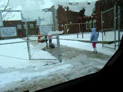 NYC - Ingrid  indo para Mineola Elementary School