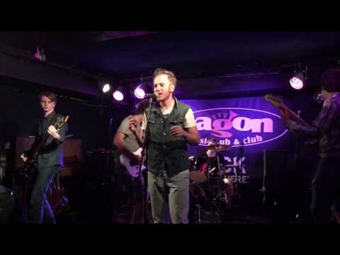 Tommy Willish - Margerine - orginal live punk rock song