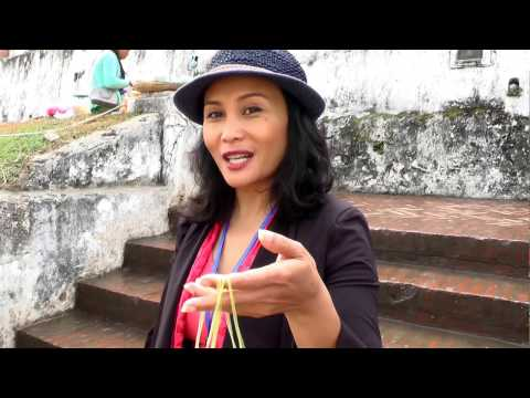 Luang Prabang - Laos - City tour part 1 with Tourguide Viengvilay Phimmasone