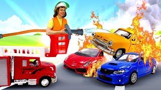 Видео игры для мальчиков – Тушим пожар с Фёдором! - Пожарные машины в Автомастерской.