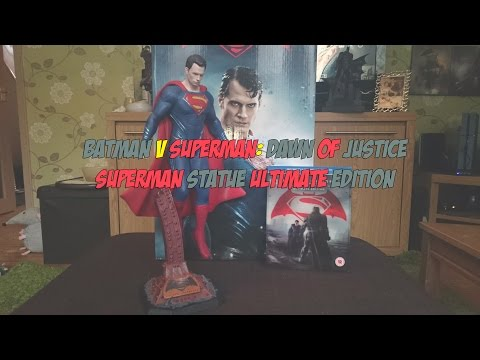 Batman v Superman: Dawn of Justice - Superman Statue Ultimate Edition Unboxing