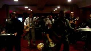 Rafy Burgos Performing Live - Dile que se vaya - Frank reyes