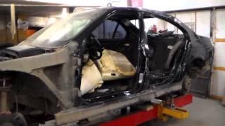 Кузовний ремонт БМВ 5 Е 39 бічний удар